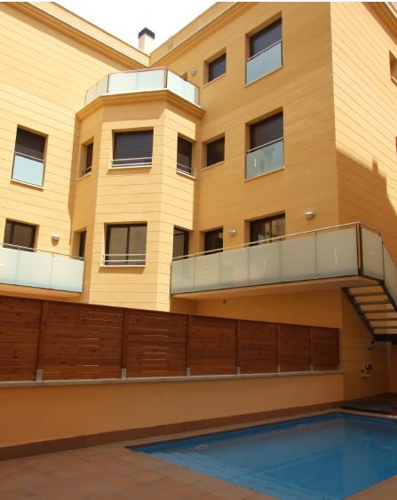 Piso exclusivo de obra nueva con piscina y jardín privado de 95m² en el centro de Barcelona